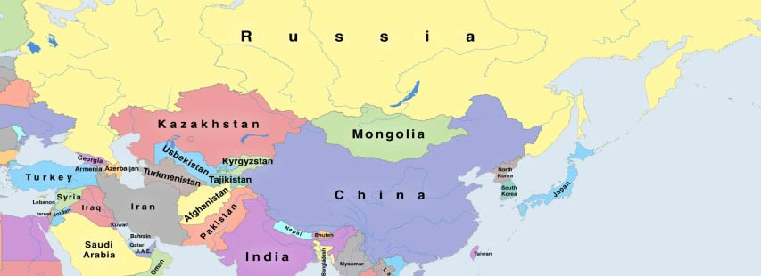 Detalle del continente de asia en mapa geográfico. Los nombres de los países pintados de distintos colores.