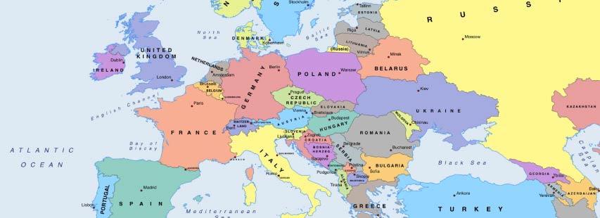 Detalle del continente de europa en mapa geográfico. Los nombres de los países pintados de distintos colores.