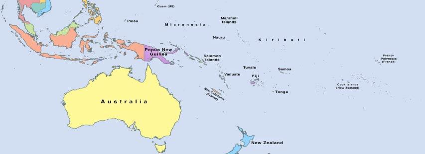 Detalle del continente de oceanía en mapa geográfico ampliado. Los nombres de los países pintados de distintos colores.