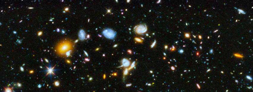 Representación del universo donde se ven multitud de galaxias.